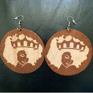 💋Wooden Afro-Centric Earrings